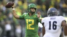 Oregon football notebook: Shough heads into second scrimmage as starting QB favorite