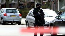 Policía holandesa busca a turco tras ataque en tranvía que dejó tres muertos