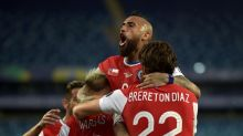 Chile through to Copa quarter-final after Uruguay draw