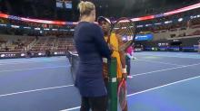 """VIDEO   La airada discusión entre dos tenistas en Pekín: """"¡Esta perra iba a darme!"""""""