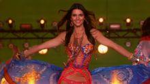 Kendall Jenner Struts It on 'Victoria's Secret Fashion Show'