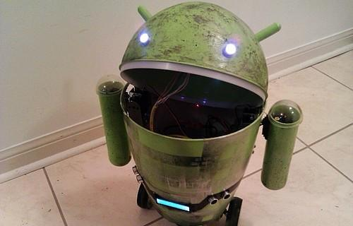 Android trash can robot begs the question: 'Why are you hitting yourself?' (video)