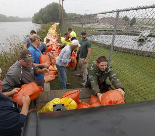 Iowa braces for flooding with more rain on the way