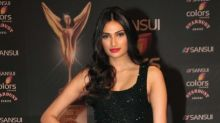 Beauty Breakdown At The Stardust Awards 2015