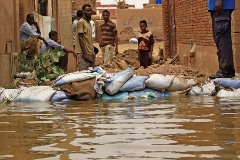 Flood waters from the Nile have swamped the Sudan's Tuti island, wedged between the twin cities of Khartoum and Omdurman, destroying homes and forcing people to flee