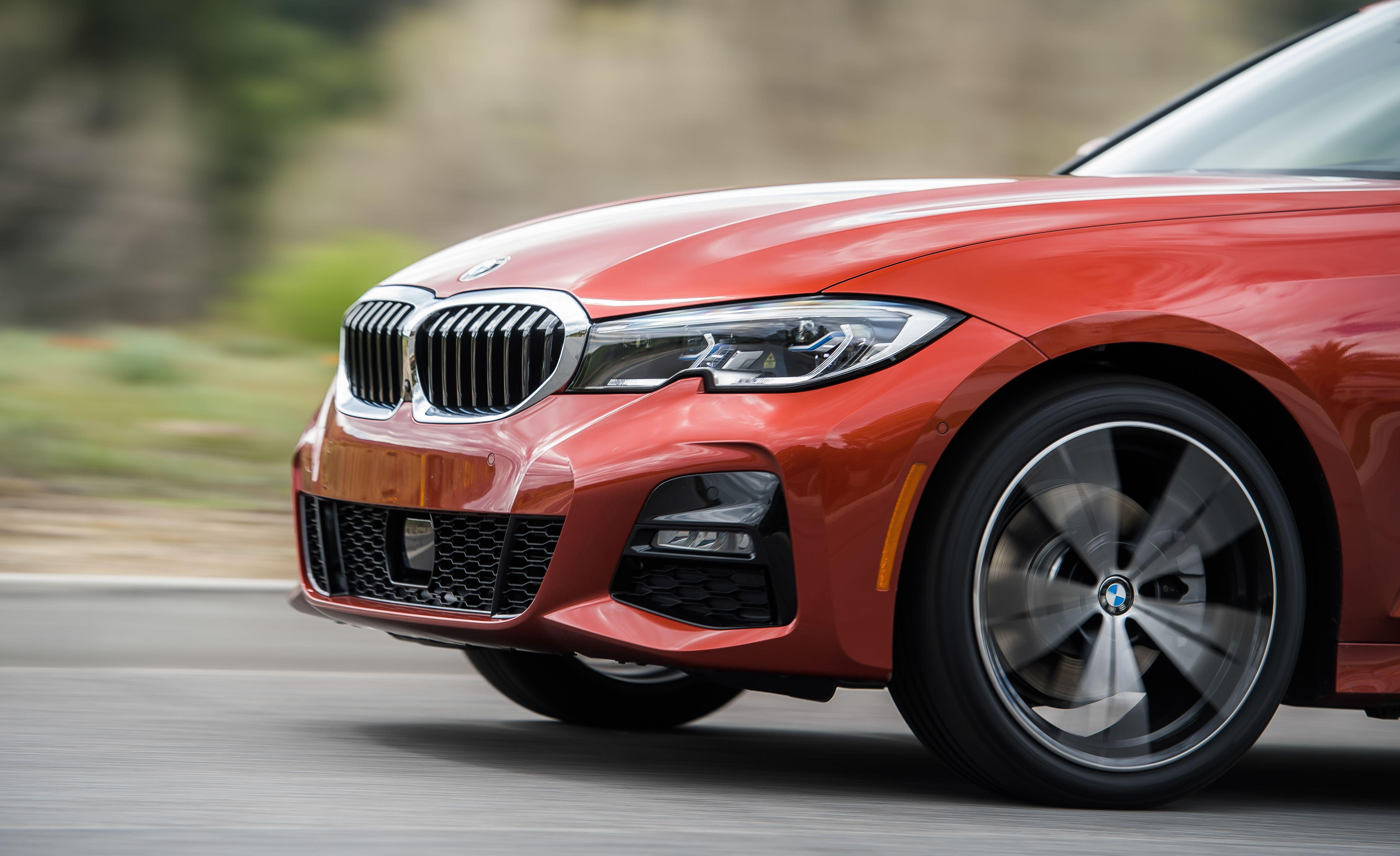 View Photos Of The 2019 Bmw 330i Xdrive
