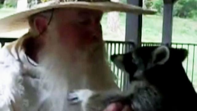 Man Who Showers With Raccoon Fights to Keep Pet