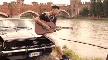 Lucas Castro, in attesa del Cagliari incide il suo primo singolo (VIDEO)