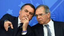 Bolsonaro provou que fala de Guedes sobre auxílio não era 100% verdade, diz Maia