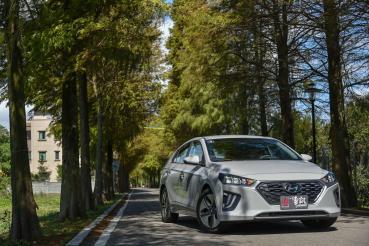 [試駕] 電能先鋒 Hyundai Ioniq Hybrid
