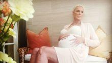 Brigitte Nielsen embarazada a los 54