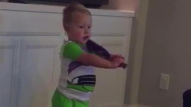 Toddler memorizes batting stances of entire Houston Astros roster