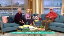Chris Evans drops his trousers on 'This Morning' to share varicose vein surgery update