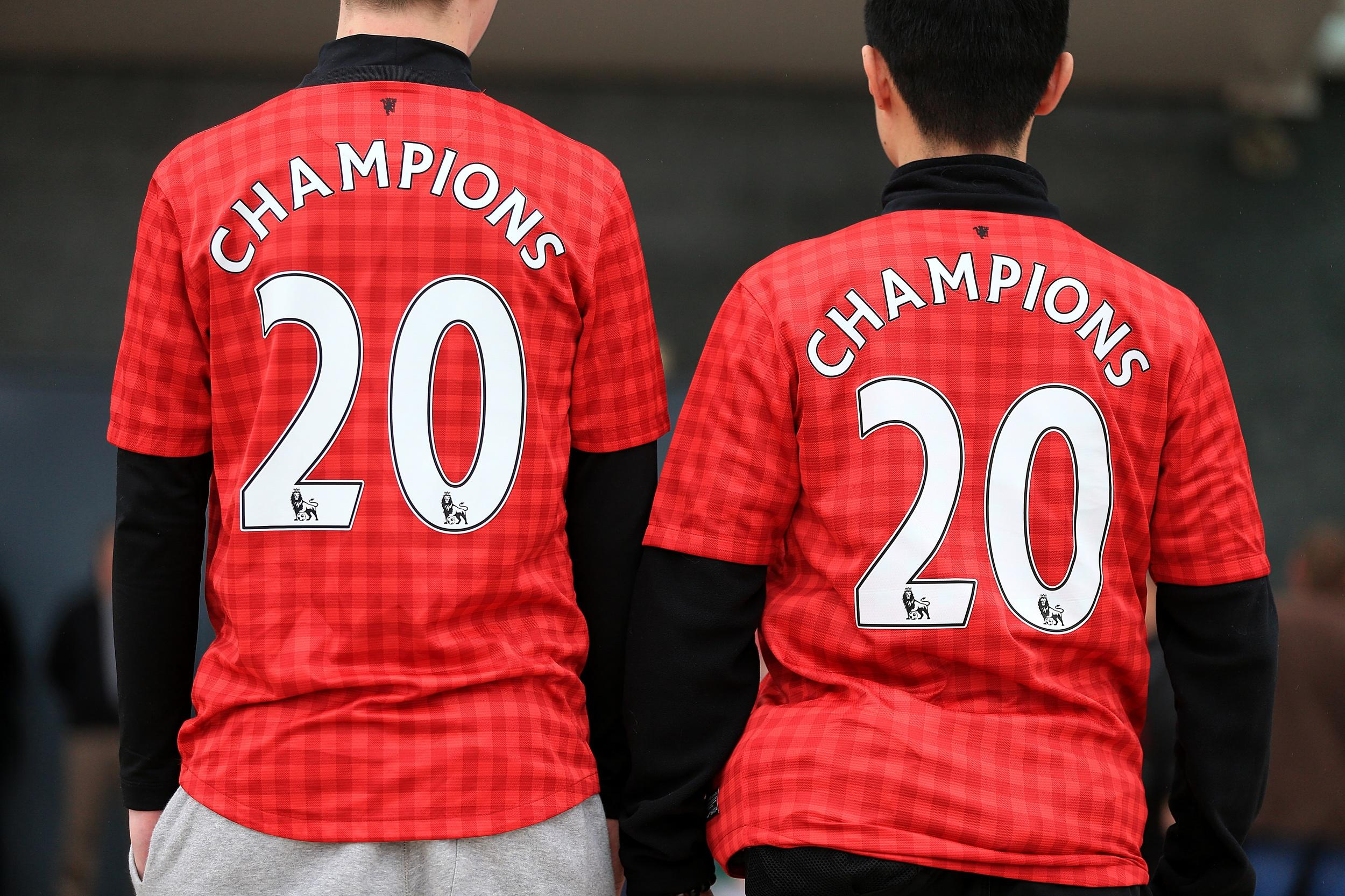 <p>In May, Paul Robert Benson, a 24-year-old from Lurgan, stole groceries from his local supermarket. He might have got away without being identified, if he hadn't decided to wear a Manchester United top with 'Benson 22' written on the back.</p>  <p>The judge sentencing him to 12 months probation said that he might as well have had a neon sign on his back.</p>