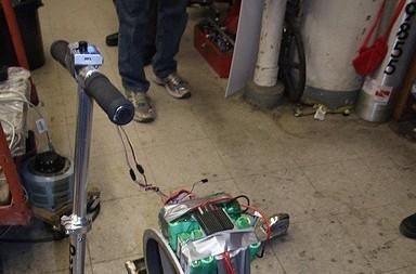 Fanscooter is the world's slowest extreme sport  (video)