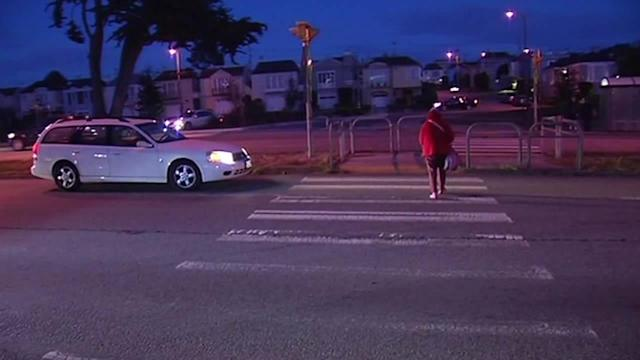 Sunset neighbors want new traffic signal where pedestrian died