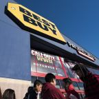 EARNINGS: Best Buy stock tanks, disappointing Wall Street with Q2 guidance