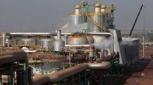 Usinas listadas praticamente dobram estoque de etanol no 1º tri da safra 2018/19