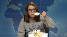 Some people are upset about Tina Fey's 'sheetcaking' bit on 'SNL'