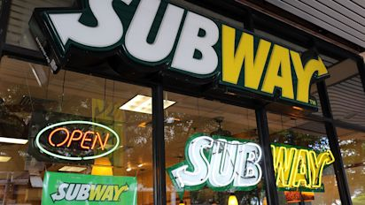 Subway to close 500 restaurants across the US