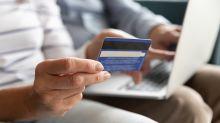 Com celular como garantia, fintech cresce com crédito para classes C e D