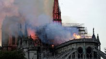 Protesta desde la grúa de Notre Dame contra la política climática de Macron