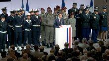 Lors de ses voeux aux armées, Emmanuel Macron a promis de sauter en parachute