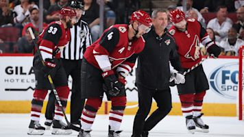 Coyotes lose Hjalmarsson to cracked fibula