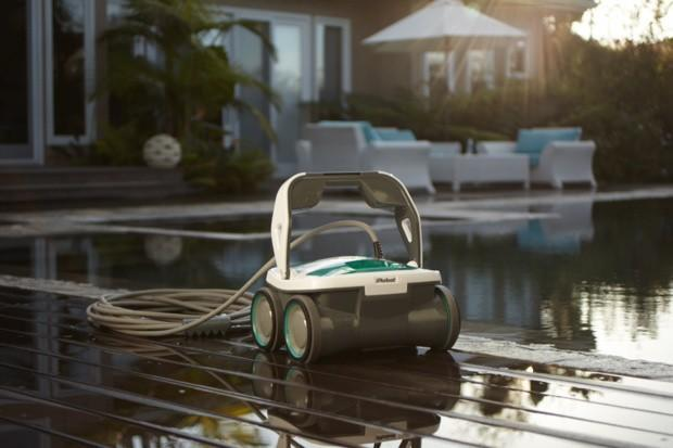 iRobot flaunts the Mirra 530 pool cleaning robot, sends the Looj 330 abroad