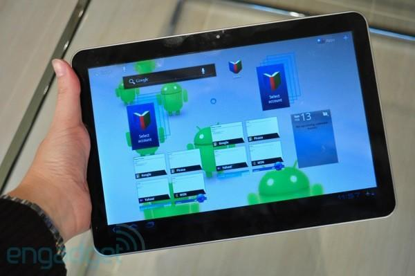 Samsung Galaxy Tab 10.1 official: Tegra 2, Honeycomb, dual cameras (hands-on with video)