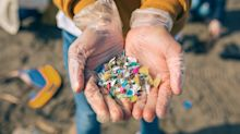 Das kann man im Alltag tun, um Mikroplastik zu vermeiden