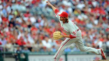 Former Phillies pitcher, 35, dies in plane crash