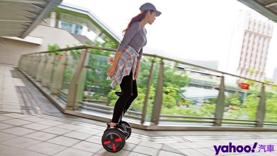 最從容帥氣的移動生活新指標!Segway Ninebot S PRO開箱實測! - 3