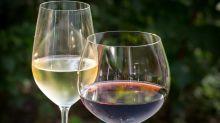 Cómo elegir la copa correcta para no cargarse un buen vino