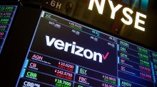 Verizon Buys Time as Unlimited Data Entices More Subscribers