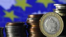 RESUMEN-Crecimiento de zona euro eclipsa a economía EEUU y apunta a mayor ritmo en una década