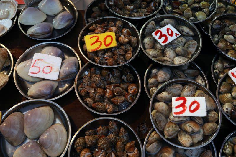 Pompeo: U.S. calls on China to permanently close wildlife wet markets