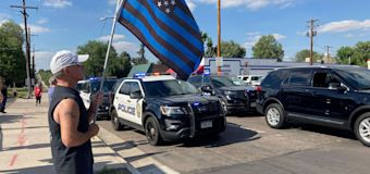 Officials: 3 killed, including officer, in Colo. shooting