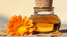 La caléndula, el remedio de botica de la abuela que restaura, lubrica y cura