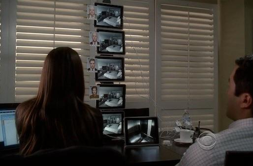 Screen Grabs: The Mentalist takes the iPad to new heights