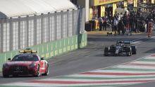 """Hamilton: """"Ha sido difícil, fueron varias carreras en una"""""""