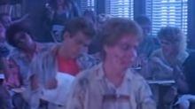 Los inicios de Luke Perry: fue un zombi en un videoclip censurado de Twisted Sister