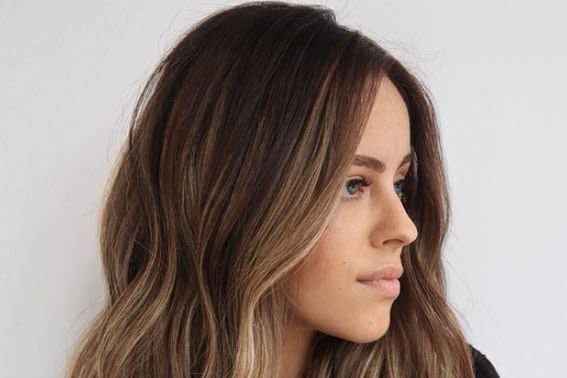 The Hair Color Trick That Makes Thin Hair Look Way Thicker