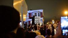Etats-Unis: après deux nuits de violences, un couvre-feu a été décrété à Philadelphie