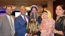 Indian-American Sikh accorded with Rosa Park Trailblazer award