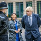Boris Johnson contradicts ministers over snitching on neighbours for breaking 'rule of six'