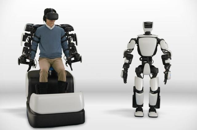Toyota's T-HR3 robot mimics your movements