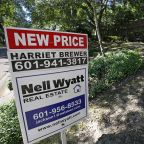 US long-term mortgage rates little changed, 30-year at 3.75%