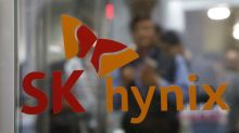 SK Hynix speeds up spending but warns tight chip supply to persist