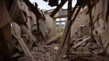 Armenia dice que caza turco derribó uno de sus aviones de guerra, Ankara lo niega